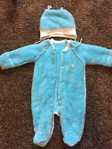 Baby's clothing