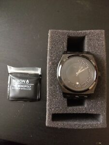 Nixon watch for PS4 games