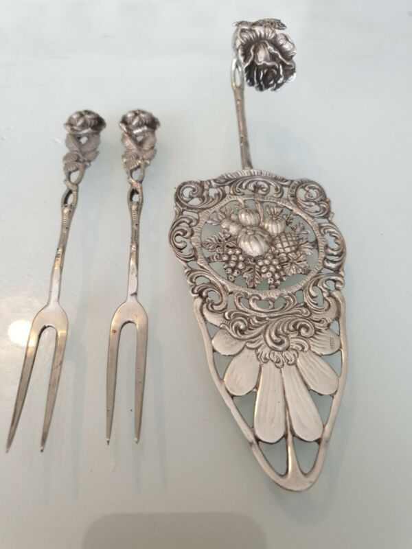 Beautiful Cake Lifter Hildesheim Rose 835 CB Silver Art Nouveau 2 Pickle Forks