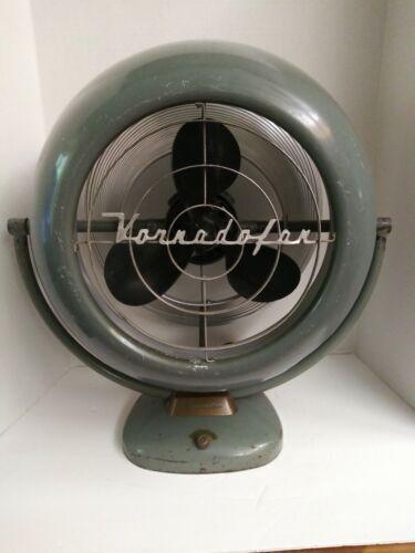 Vintage Industrial Vornado Fan 12D1 Fan Atomic retro Bakelite blade WORKS!