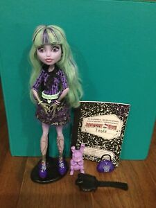 Twyla Monster High doll