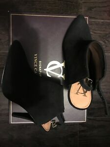 BNIB - Vince Camuto Signature Collection High Heels