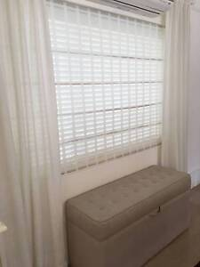 Roman Blind (incl. free venetian Blind) McMahons Point North Sydney Area Preview