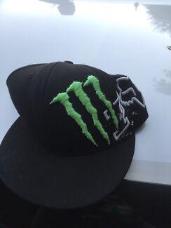 M fox hat