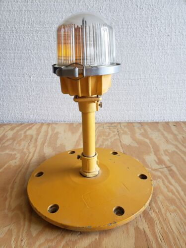 Rare Double Globe Taxiway Lamp Airport Runway Light Plane Helicopter Mancave #13
