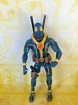 Marvel Legends Hasbro TRU Exclusive Blue Variant Deadpool Action Figure (K)