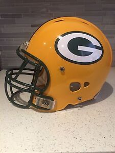 Authentic Green Bay Packers Riddell Revolution  Football Helmet