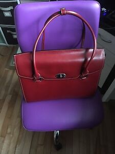Chic Leather Laptop Carrycase
