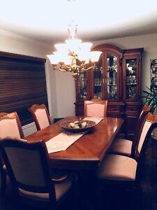 Mobilier salle à manger bois massif pour 6-8-10 pers.