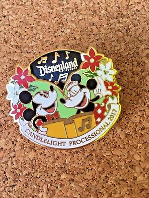 Disneyland Mickey Minnie Candlelight Processional  2017 Spinner Pin Artist Proof
