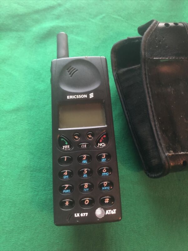 Used At&T Ericsson LX677 Mobile Phone with Case (untested)