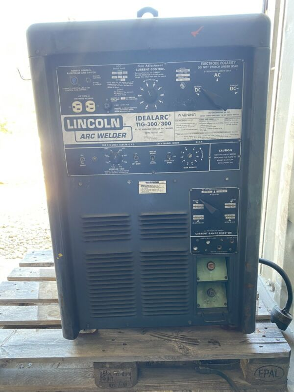 LINCOLN IDEALARC TIG 300 / 300 ARC WELDER STICK METAL AC DC