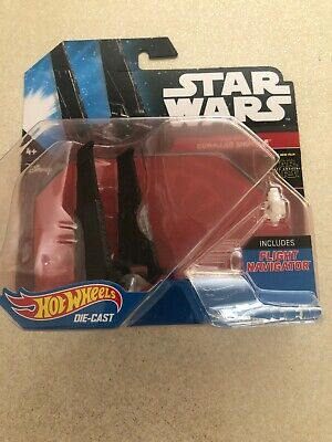 STAR WARS HOTWHEELS DIE CAST  KYLO RENS COMMAND SHUTTLE  WITH FLIGHT NAVIGATION