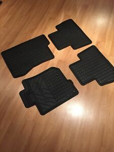 4Runner 2010-2012 OEM carpet / tapis