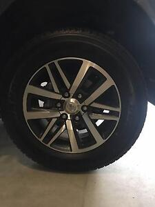 5 x Toyota Hilux SR5 Dunlop 18 inch Tyres 265/60/R18 Yatala Gold Coast North Preview
