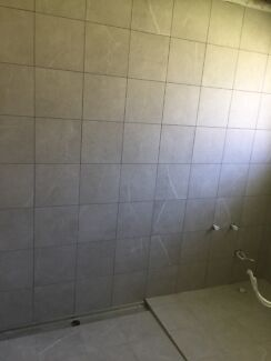 $30 SUSPENDED FLOOR - TILE LIFTER (suction grab) | Plastering ...
