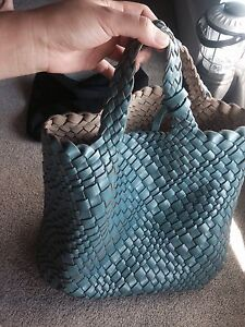 STACCATO reverseble used bag Wolli Creek Rockdale Area Preview