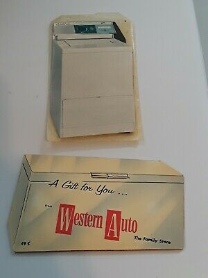 2 Vintage Advertising Sewing Needle Books WESTERN AUTO WIZARD FREEZERS NORGE 14