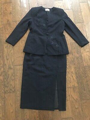 Le Suit Petite Pant Suit Dark Blue Womens Size 12p Blazer & Skirt MISSING BUTTON