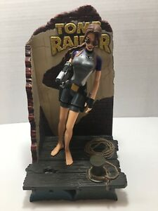 Laura Croft Tomb raider wetsuit figure display