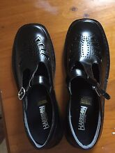 Girls/ Ladies school or work shoes Bayswater Knox Area Preview