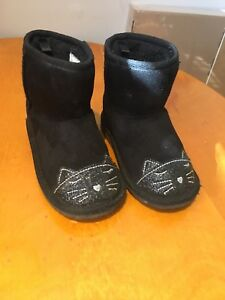 TCP toddler size 7 kitty boot