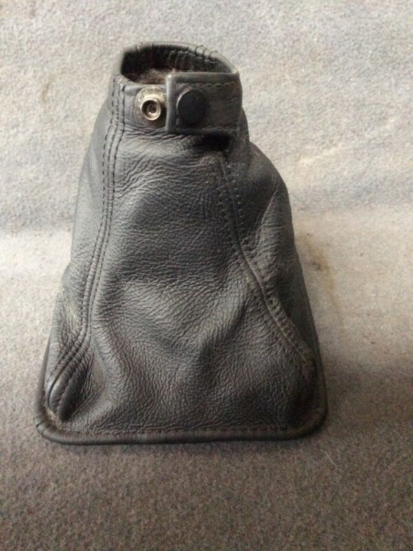 Lexus is 220d or 250 Saloon 2006 Gearstick/Lever Black Leather Gaiter