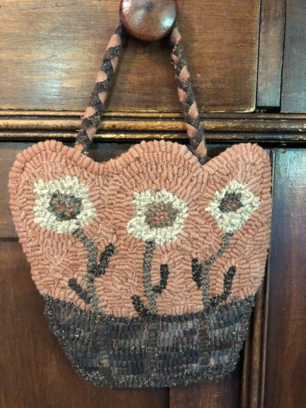 Primitive Hooked Flower Basket Hanger