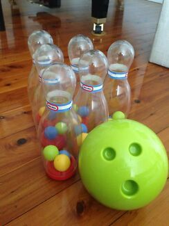 Little Tikes toy bowling set