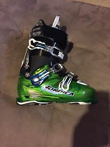 Nordica Fire Arrow Ski boots