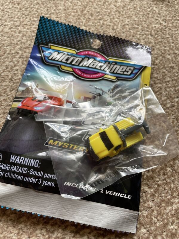Micro Machines 2020 Series 1 Mystery Vehicle Blind Bags - TOW TRUCK 