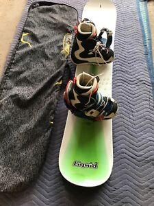Liquid 156cm snowboard/ bindings/ boots/ carry bag