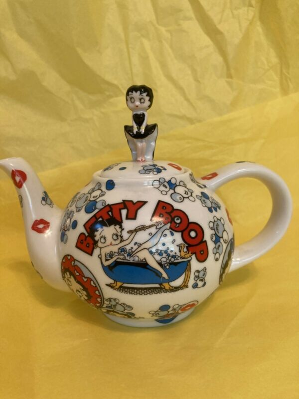 Collectible Cardew Betty Boop Betty Porcelain Teapot Designed in England