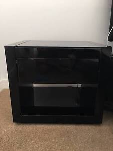 2 Black Bedside Tables With Draws Broadbeach Gold Coast City Preview