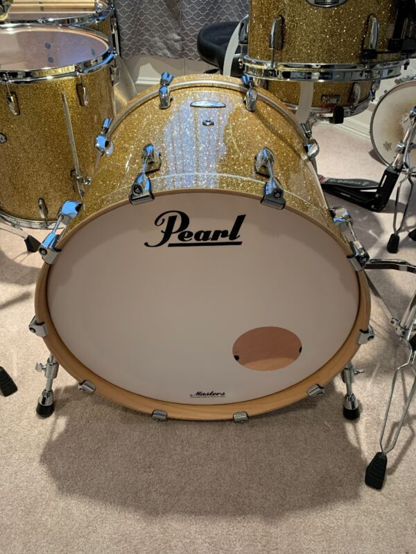 Brand New 22x18 Pearl Masters bass Drum Bombay Gold sparkle