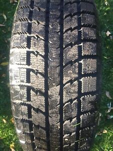 Toyo observe GSI 5 winter tire 225-60-17