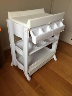 4 Baby changing table with bath in great condition
