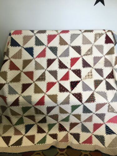 """Antique Late 1800s? Hand pieced and quilted Quilt 70"""" x 74"""""""