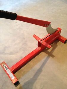 "8"" Laminate floor cutter $35"