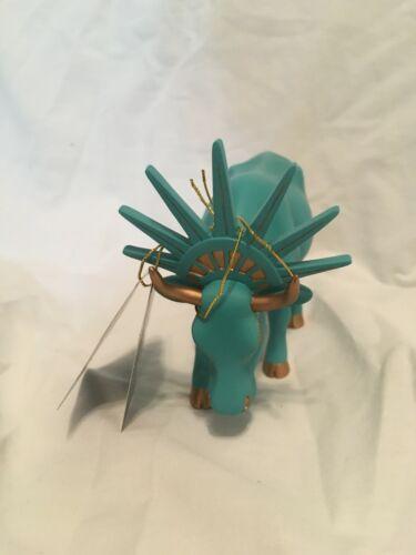 Liberty Cow Parade Figure 7727