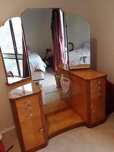 Art Deco Dressing table 3 mirrors Kambah Tuggeranong Preview