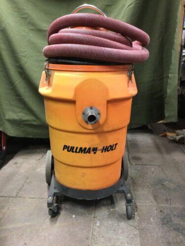 USED PULLMAN HOLT HEPA VACUUM MODEL 102 WORKING