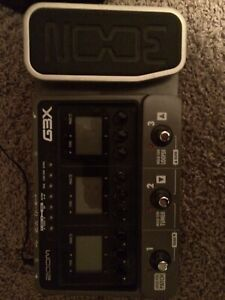 Zoom G3X effects / amp mod pedal
