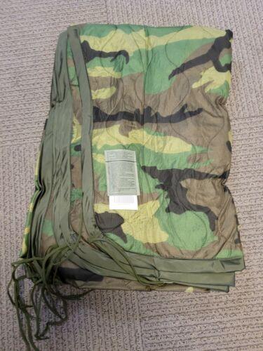 NEW US MIlitary Wet Weather Rain Poncho Liner Woodland Camo Woobie Blanket