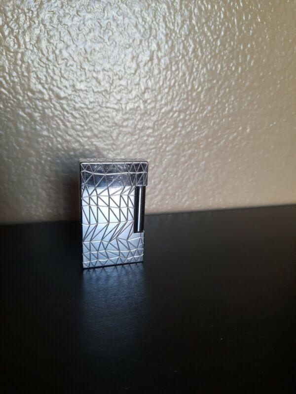 ST Dupont Paris silver tone cigarette lighter #1EHBF69