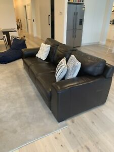 Leather Republic 3 seat leather couch