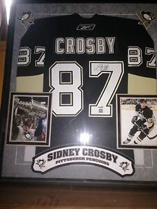 Signed Sidney Crosby jersey