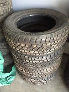 4 225/65R17 Arctic Claw Winter Tires