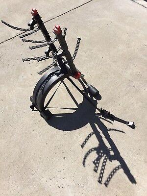 Yakima bike rack for car or suv, carries three (3) bikes, with bottle opener