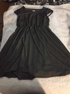 Thyme maturity black and white dress! X-large